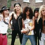 Biografia Guns N Roses, transpusa pe marele ecran