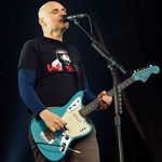 Membri The Killers si Rage Against The Machine, urca pe scena alaturi de Smashing Pumpkins
