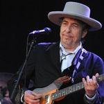 Bob Dylan lanseaza albumul