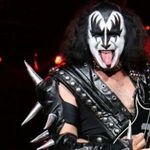 Gene Simmons are in plan sa se apuce de regizat filme horror