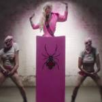 In This Moment nu se dezic nici cu noul clip pentru 'Sex Metal Barbie'