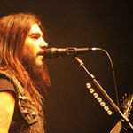Robb Flynn de la Machine Head va fi operat maine