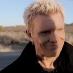 Billy Idol a lansat un clip pentru piesa 'Save Me Now'