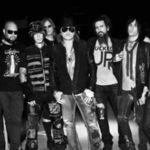 Ramane Guns n' Roses fara al doilea chitarist?