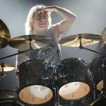 Mikkey Dee (Motorhead) va canta alaturi de Scorpions