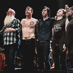 Eagles of Death Metal nu mai pot canta la festivalurile din Franta