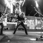 Megadeth au venit cu masina timpului la Arenele Romane