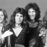 Asculta prima aparitie la radio a formatiei Queen