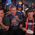 Metallica au cantat piesa Enter Sandman la instrumente pentru copii