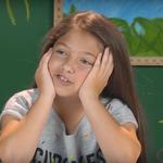 Viralul zilei: Cum reactioneaza copiii cand asculta AC/DC