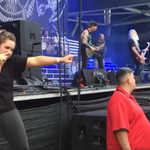 Un concert Lamb of God a beneficiat de translator pentru persoanele cu deficienta de auz (video)