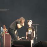 Foo Fighters au facut un cover dupa 'Enter Sandman' alaturi de un pusti de 10 ani