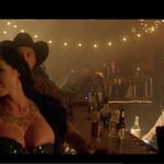 Five Finger Death Punch a lansat un clip nou pentru Blue on Black
