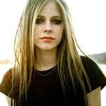 Avril Lavigne lucreaza la un nou album