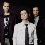 Solistul Placebo la un pas de a fi rapit de fane in Londra