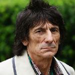 Chitaristul Rolling Stones este vandut pe eBay