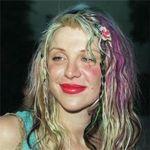 Courtney Love crede ca este bantuita de fantoma lui Kurt Cobain
