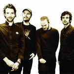 Solistul Coldplay a reusit sa isi vanda casa plina de sobolani