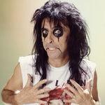 Alice Cooper colaboreaza cu Slash