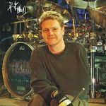 Tobosarul Def Leppard vorbeste despre Raven Drum Foundation