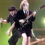 Concertele AC/DC aduc o avere taximetristilor