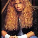 Ce ar face Dave Mustaine pe o insula pustie cu James Hetfield si Carmen Electra?