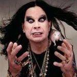 Ozzy Osbourne doneaza un caine politiei din Indiana