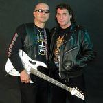 Fostul chitarist Iron Maiden deschide o scoala de rock