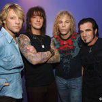 Urmariti noul videoclip BON JOVI, We Werent Born To Follow !