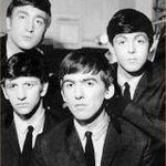 Managementul The Beatles lanseaza un box set de trei carti