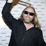 Metallica filmeaza doua concerte alaturi de celebrul regizor Wayne Isham