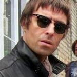 Liam Gallagher va reveni pe scena cu o parte din Oasis