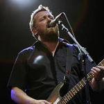 Radiohead si Elbow militeaza pentru inlaturarea minelor de teren